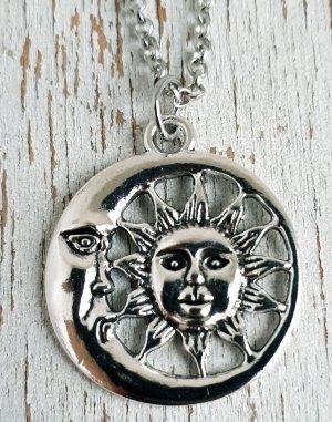 True Vintage lange Halskette mit Mond und Sonne