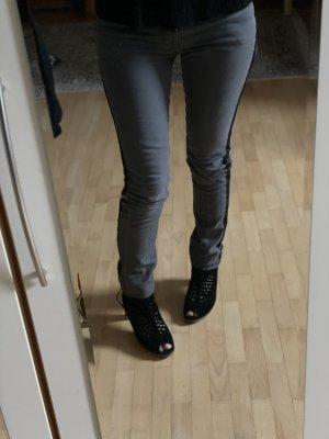 True Vintage Skinny Jeans