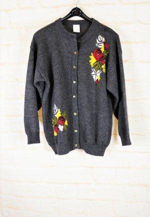 True Vintage Strickjacke Cardigan Größe 42 XL Grau Blumen Stickerei Perlen Trachten Jacke Strick Pullover Oversize Shape Rockabilly