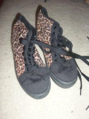 Truffle Leoprint Plateau Sneaker