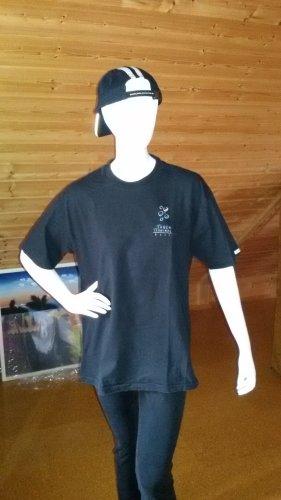 tshirt aus Bali größe L