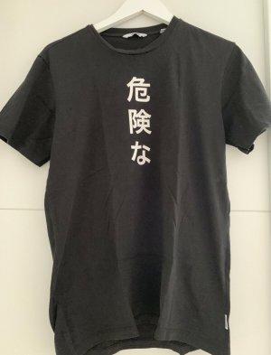 Tshirt im Asiatischen Style