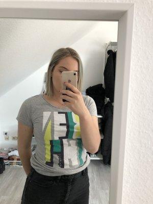 Tshirt mit Aufschrift