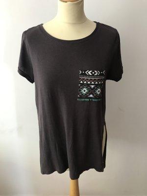 Tshirt mit Mustertasche in S-M