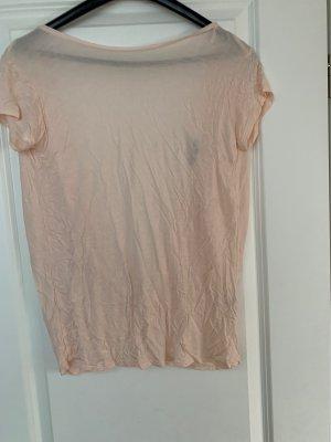 Tshirt mit tiefem rückenausschnitt