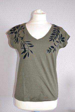 Tshirt oliv khaki schwarz Verzierung Blumen Kragen oversized