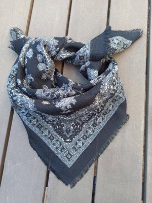Foulard blanc-noir