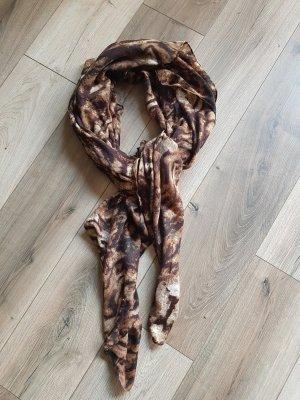Châle au tricot noir-brun