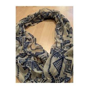 Tuch/Schal mit Muster