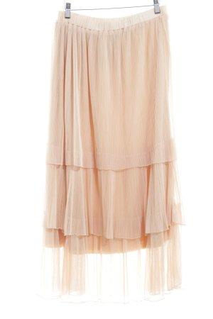 Falda de tul nude estilo «business»