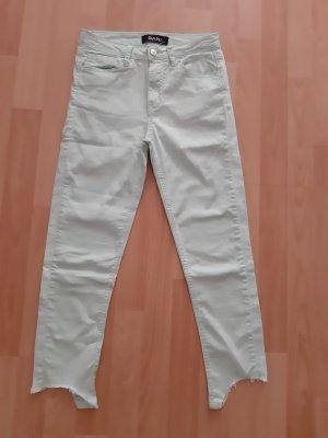 Türkis-farbene crop Jeans