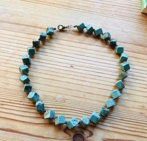 Türkis Kette kurz Halskette sehr schön :-)