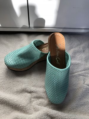 Andrea Conti Sabot turquoise cuir