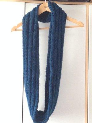 Türkisblauer (petrolfarbener) Loopschal von Orsay