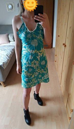 Türkisenes Kleid mit Spitze und Blumenmuster