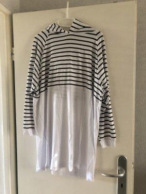 Modanisa Sukienka z kapturem biały-czarny