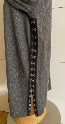 Tunika in grau mit Streifen, in Gr. 42, von Zara