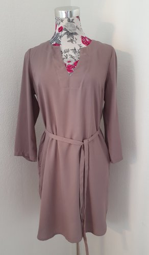 Lascana Vestido tipo túnica lila grisáceo