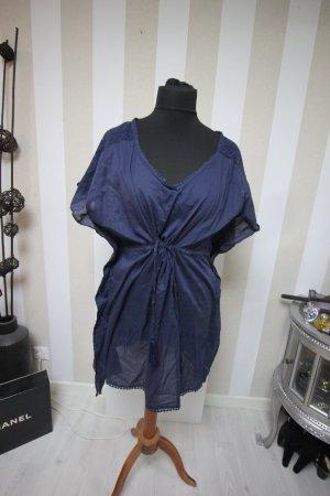 Camisa tipo túnica azul oscuro