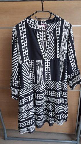 New Collection italy Sukienka tunika biały-czarny