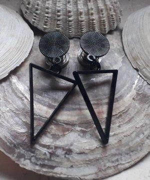 Pendientes de cuentas negro metal