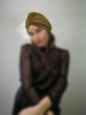 Turban Farbe Gold