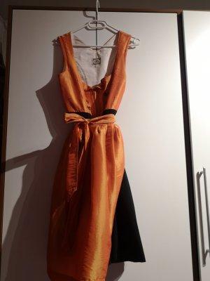 Turi Landhaus Vestido Dirndl negro-naranja
