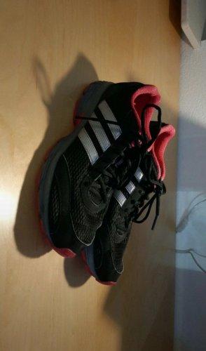 Turnschuh Adidas