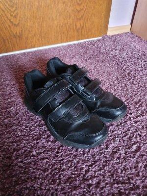 Reebok Sneaker con strappi nero