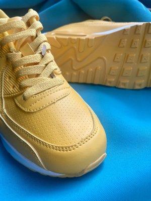 Sneaker stringata giallo