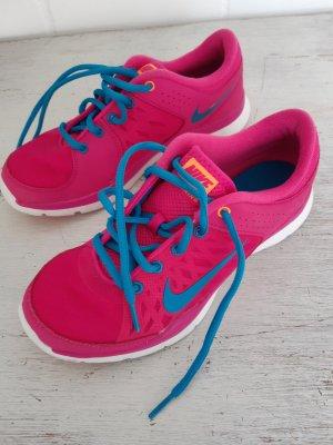 Turnschuhe * Nike