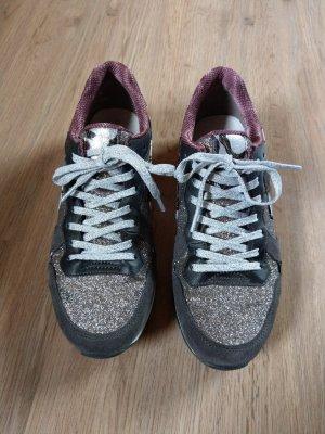 Turnschuhe Sneaker grau Glitzer Tamaris