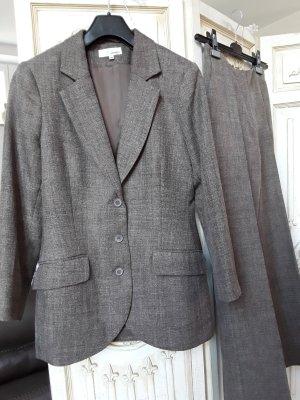Tweed Hosenanzug klassischer Schnitt