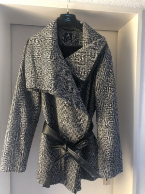 Tweed Mantel in schwarz weiss