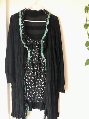 22 Maggio Ensemble en tricot noir-turquoise