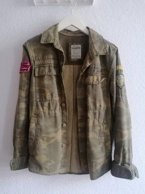 Übergang Jacke Hemd Camouflage