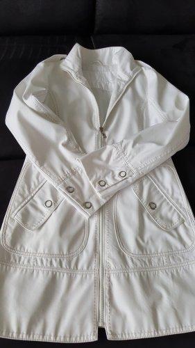 Best Connections Between-Seasons-Coat white