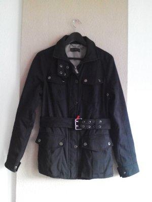 Übergangsjacke in marineblau mit Taschen und Gürtel, Grösse L