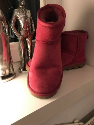 UGG Australia Chelsea Boots raspberry-red-magenta leather