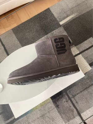 UGG Snow Boots grey-black