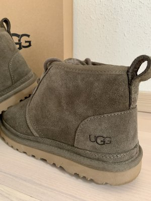 UGG // Ankle Boots // 38