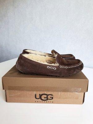 UGG Mocassins bruin