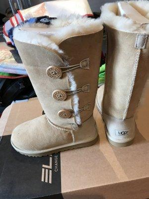 UGG Australia Futrzane buty w kolorze białej wełny-kremowy Skóra