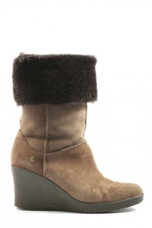 UGG Australia Slouch Stiefel braun Casual-Look