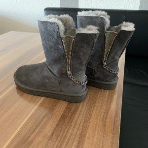 UGG Platform Boots grey