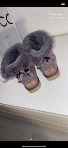 UGG Botas de nieve violeta grisáceo
