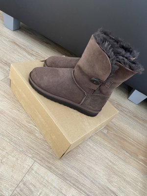 UGG Bailey Button Boots Gr.39 Chocolate