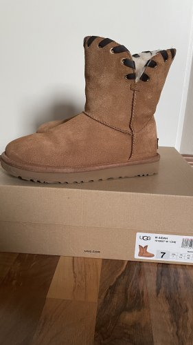 UGG Snow Boots brown-cognac-coloured