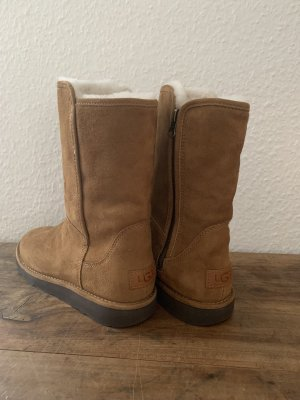 UGG Desert Boots cognac-coloured