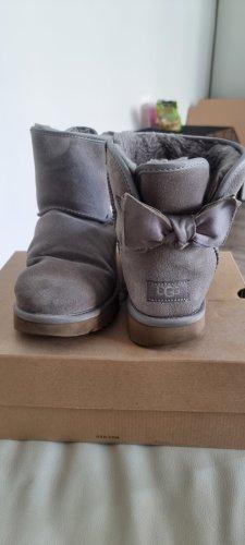 UGG Botas de nieve gris